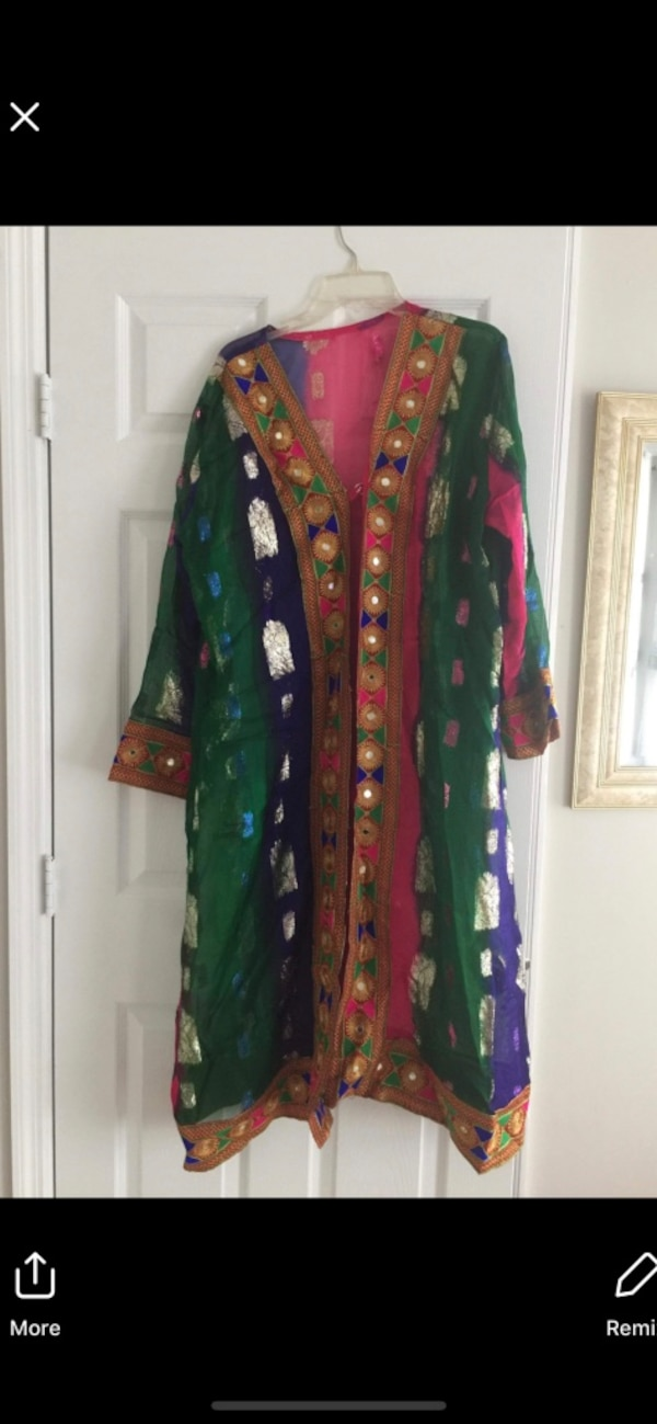 green and purple floral long sleeve dress 5c73fb55-4f10-406d-ad82-705aacfb9563