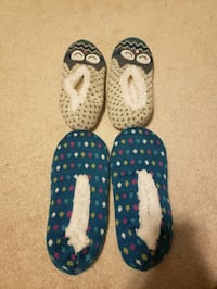 pair of blue-and-white slip on shoes Brampton, L6R