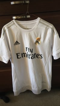 Never worn real madrid soccer jersey (need gone fast) Dollard-des-Ormeaux, H9G