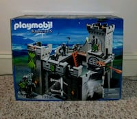 New in Box Playmobil Wolf Knights Castle Set Frederick, 21701