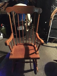 Solid wood rocking chair 551 km