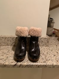 UGG Clog Boots (size 7)