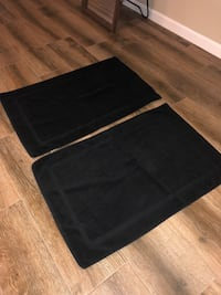 Black Bathroom Mats (2)
