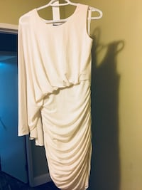 BCBG white dress Surrey, V3R 1Y5
