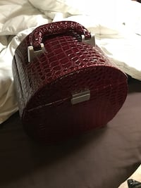 Jewelry/ make up case. Burgundy faux alligator style   Langley, V3A 2B5