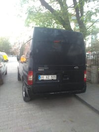 Siyah Ford Tourneo Connect minibüs ISTANBUL