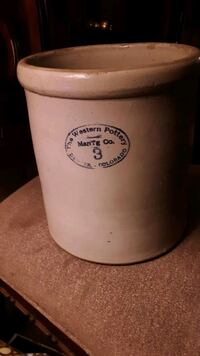 Western pottery 3 gallon Guthrie, 73044