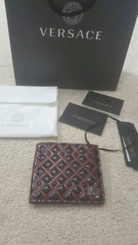 Versace wallet - Gucci LV YSL Prada Burberry Mississauga