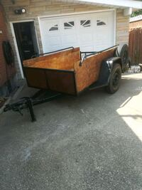 8ft x 5ft utility trailer new paint and plywood  Kitchener, N2A 2J5