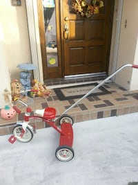 Radio flyer tricycle with push handle Port St. Lucie, 34983