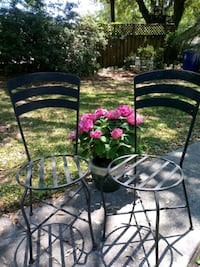 2 Round Metal Patio Chairs