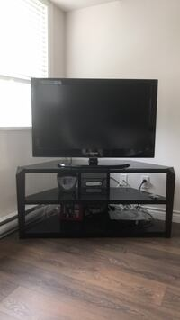 Samsung flat screen including the tv stand  Richmond