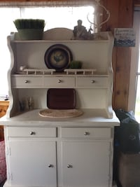 white wooden desk with hutch Leominster, 01453