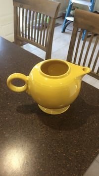 Sunflower Fiestaware Teapot w/ our lid Stephens City, 22655