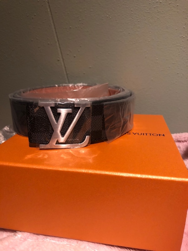 black and brown Louis Vuitton leather belt d5a0fe8a-32dc-41cb-bac0-f0f5991cb32b