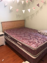 Double mattress with bed frame Toronto, M6C 3X7