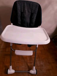 baby High chair  Whitby, L1P 1A2