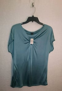 NWT ANNE TAYLOR TOP