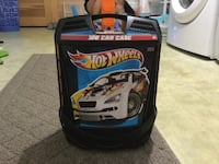 Hot wheels case and 41 cars  Springfield, 19064