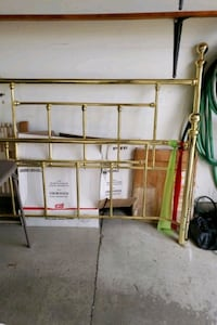 Brass Bed frame and head and foot board for queen  Detroit, 48204