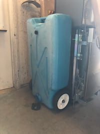 Tote-along portable tank 22 Gal