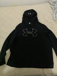 New Under Armour Sweater(Size XL) Vancouver, V6A 1G1