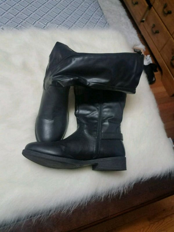 Womens size 10 Boots 0