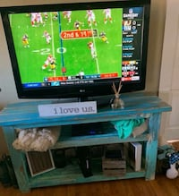 Accent Table/ TV stand New Iberia, 70563