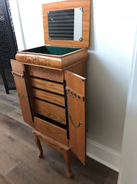 Wooden Jewelry Stand Armoire Baton Rouge, 70810