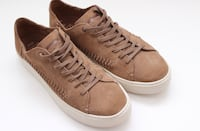 Toms Leather shoes size 8.5 brand new Burnaby, V3J