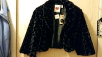 Black faux fur crop jacket