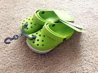 Brand new Crocs toddler shoes size 8 40 km