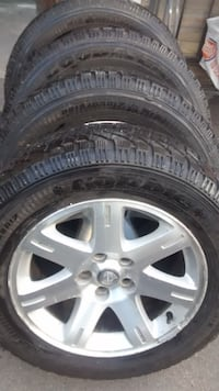 Chrysler 300 Goodyear Winter Tires