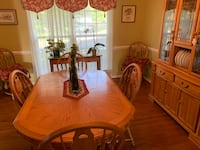 Oval brown wooden table with chairs dining set Stafford, 22554
