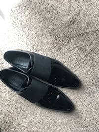 Pair of black leather dress shoes with box West Lafayette, 47906
