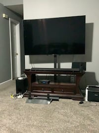 "Sony 65"" LED Smart TV with Sony Soundbar included.   Indianapolis, 46235"
