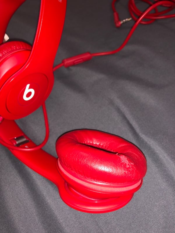 Beats Solo HD 1