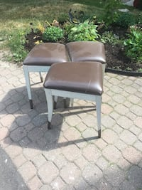 gray and black leather armchair Pickering, L1V 3B1