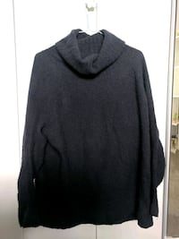 Navy blue Community XS turtleneck sweater Richmond, V7E