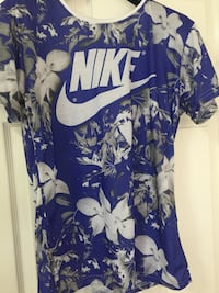blue and gray floral Nike crew-neck t-shirt London, E4 8QG