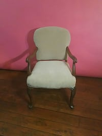 Antique arm chair in great shape