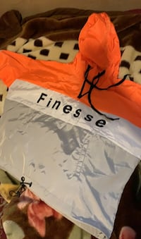 Fashion Nova Finesse windbreaker Toronto, M6E 4R4