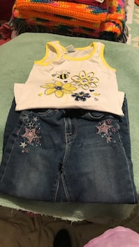 Jeans and top 5t  Rupert, 83350