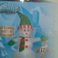 white Airblown Inflatable 12 ft snowman lights Up Collingwood, L9Y 2W4