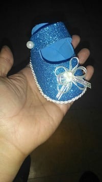 Baby shower decoration shoes