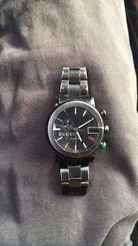 real gucci watch Dont wear it anymore little worn worth 900$ Milford, 18337