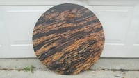 round brown and black granite table  Detroit, 48228