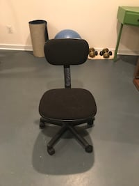 Black padded rolling chair Vienna, 22182