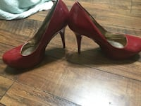 Size 10 red heels  Benicia, 94510