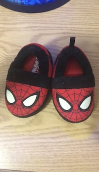 Pair of spider-man slip-on shoes Hudson, 03051